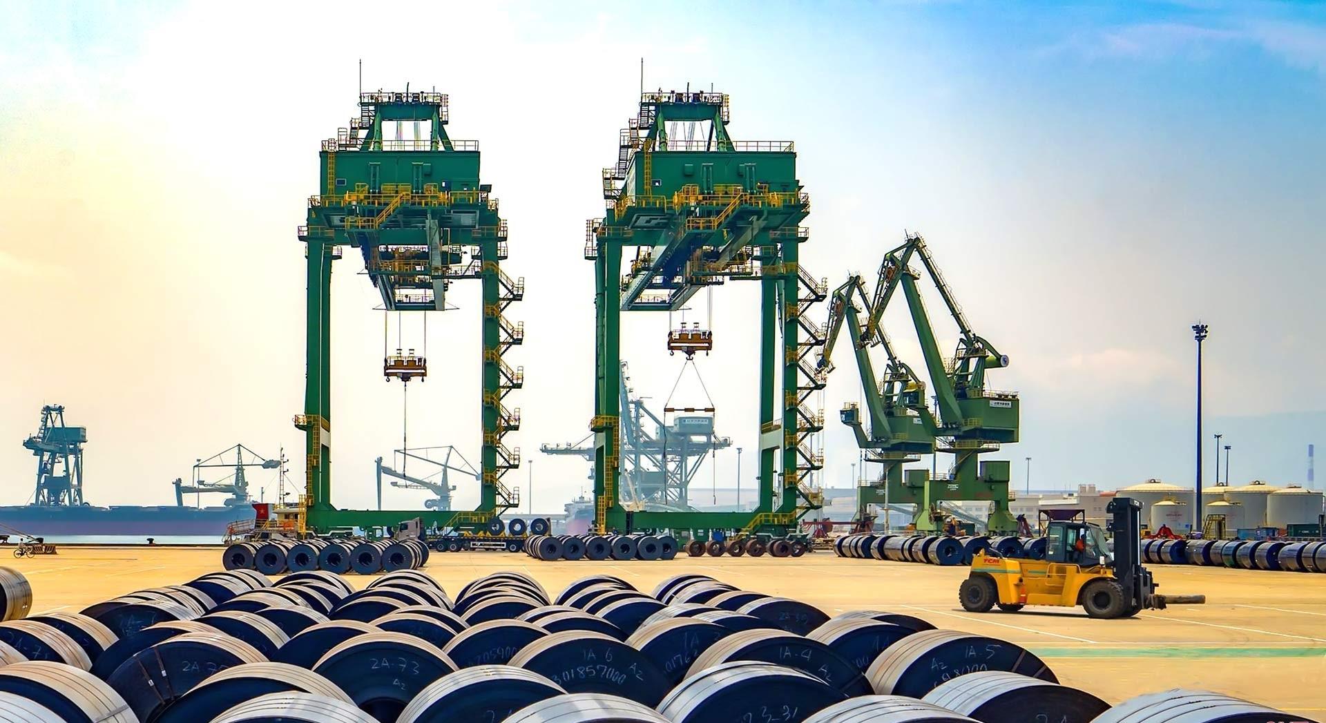 Tập trung thu hút đầu tư vào công nghiệp sau thép, công nghiệp phụ trợ  và dịch vụ Logistic, nâng cao hiệu quả hoạt động Khu kinh tế  Vũng Áng, tạo động lực phát triển kinh tế nhanh và bền vững